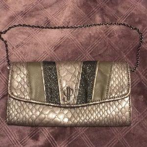 J-Lo Snake clutch 💜3/$20
